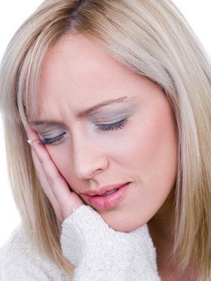 Болить вухо ніж лікувати народні засоби