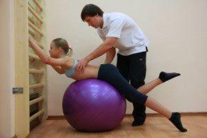 Вправи при сколіозі