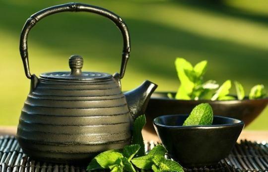 Зелений чай. Користь, склад, властивості, протипоказання і шкода зеленого чаю. Маски з зеленим чаєм. Як вибрати зелений чай. Жіночий сайт inmoment.ru
